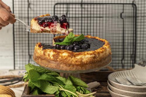 Tarta de Queso con arándanos, La mejor tarta de queso y arándanos en valencia, La Petite Brioche