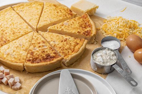 Tarta Salada jamón y queso, La mejor Quiche en Valencia, La Petite Brioche Valencia