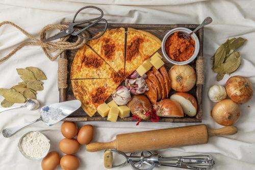 Tarta Salada de queso, sobrasada y Cebolla caramelizada, La mejor Quiche en Valencia, La Petite Brioche Valencia